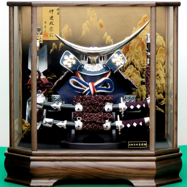 8号 ブルー伊達兜飾 六角タモケース 大小刀付